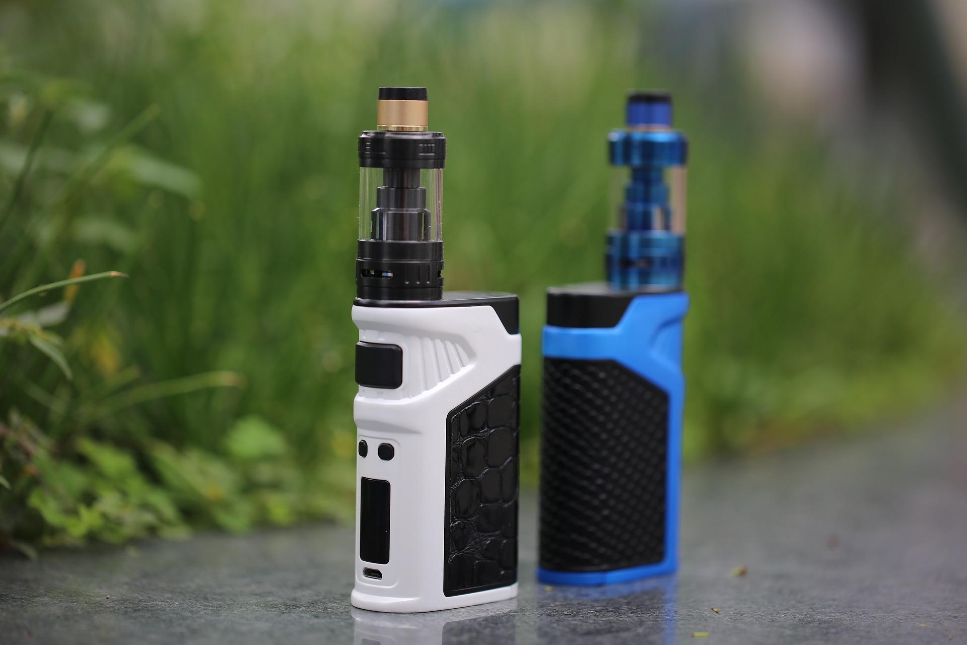 Welches Verbrauchsmaterial benötigt ein E-Zigaretten-Dampfer immer wieder?